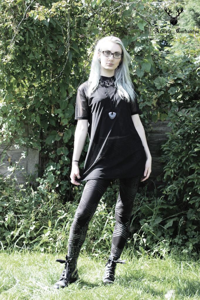 black tee 1