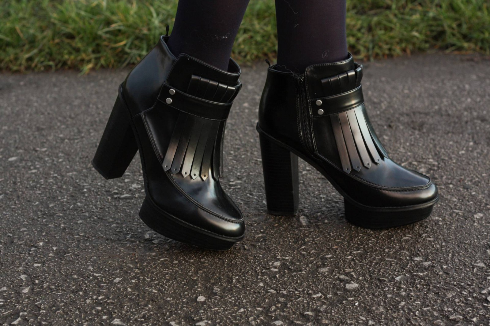 h& fringe shoes