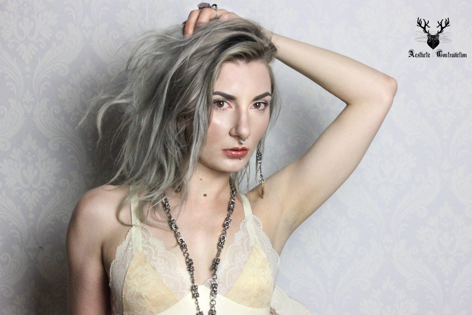 grey hair lace bra